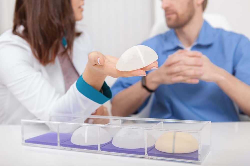 Prevenzioni sulle protesi mammarie e glutei Milano